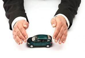 Save on car insurance for people with poor credit in Toledo